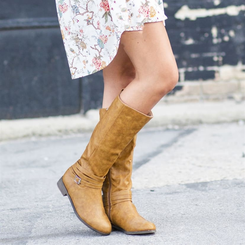 Comfort Sole Strap Riding Boot   Wide