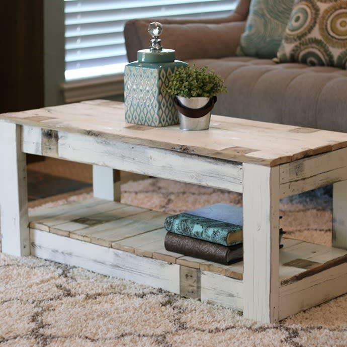 Rustic Farmhouse End Table Easy Craft Ideas