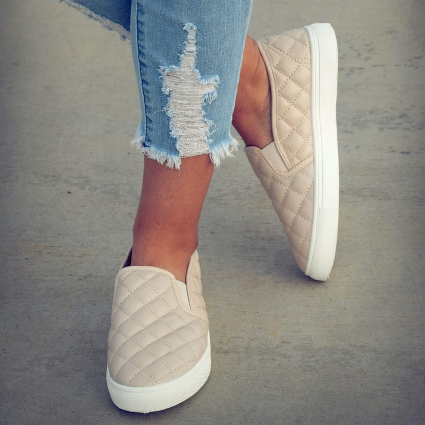 Quilted Cushioned Sneakers   Jane
