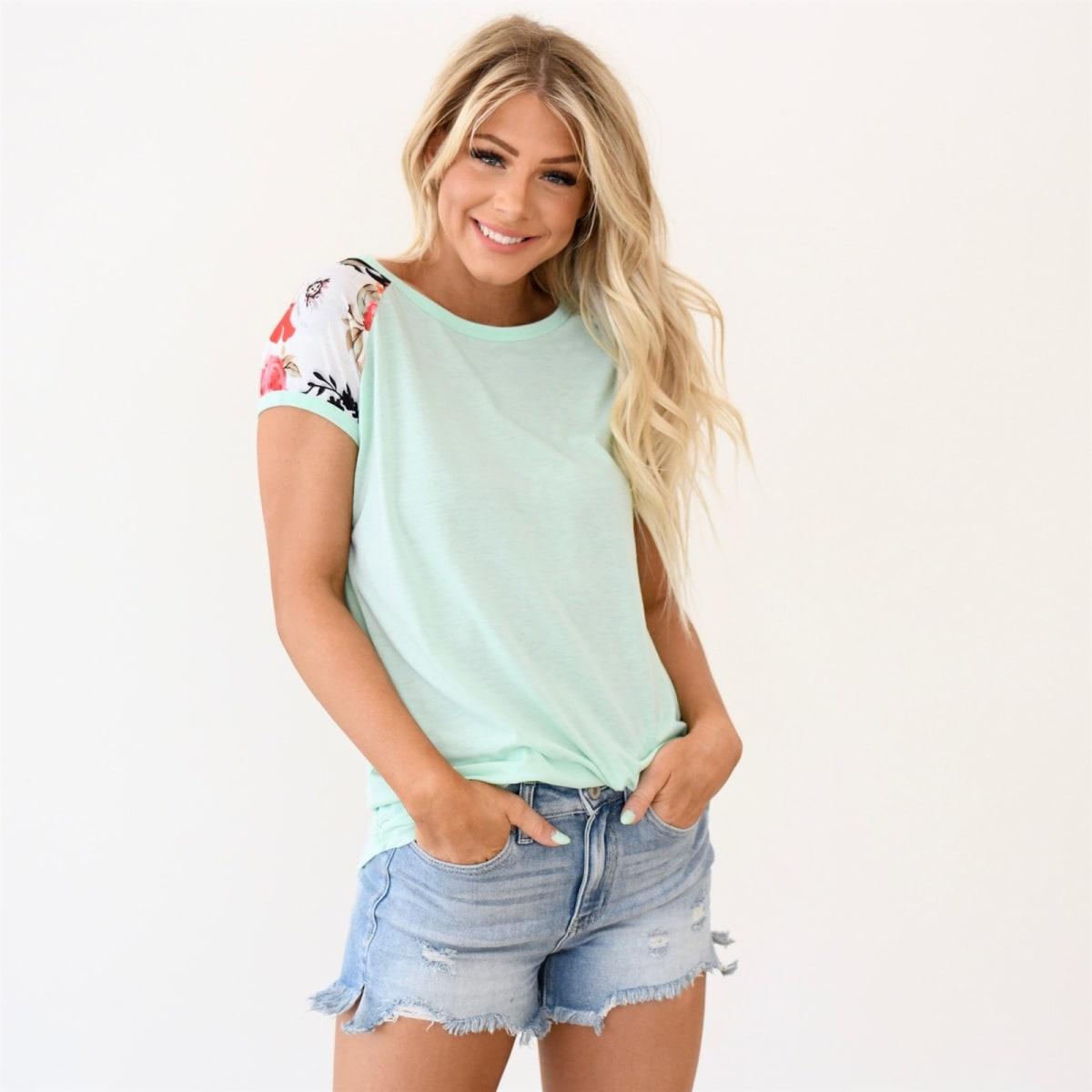 Janie Floral Sleeve Top- So pretty!