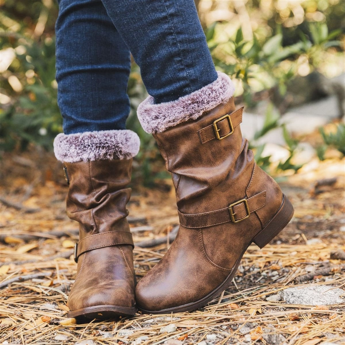 Distressed Top Fur Boots
