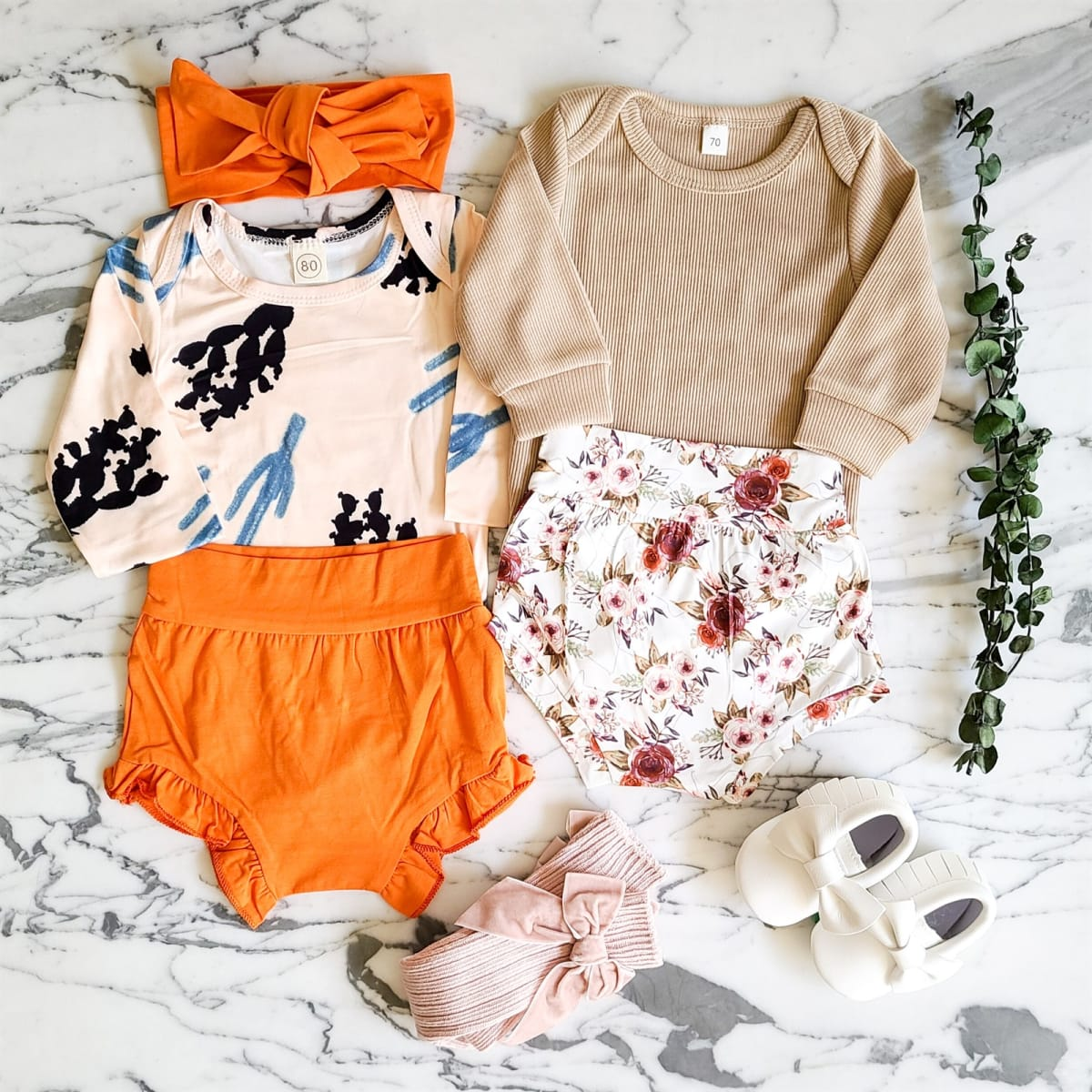 Long Sleeve Bloomer Sets! .99 with free shipping at Jane!