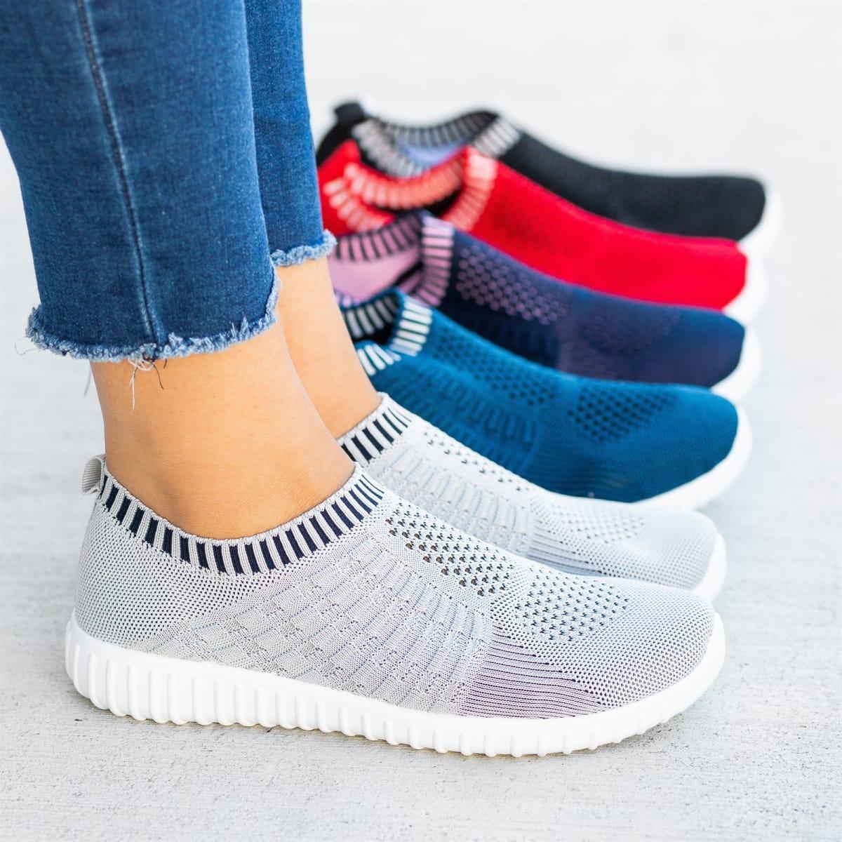 57c9c2c425d6 Elastic Athleisure Sneakers
