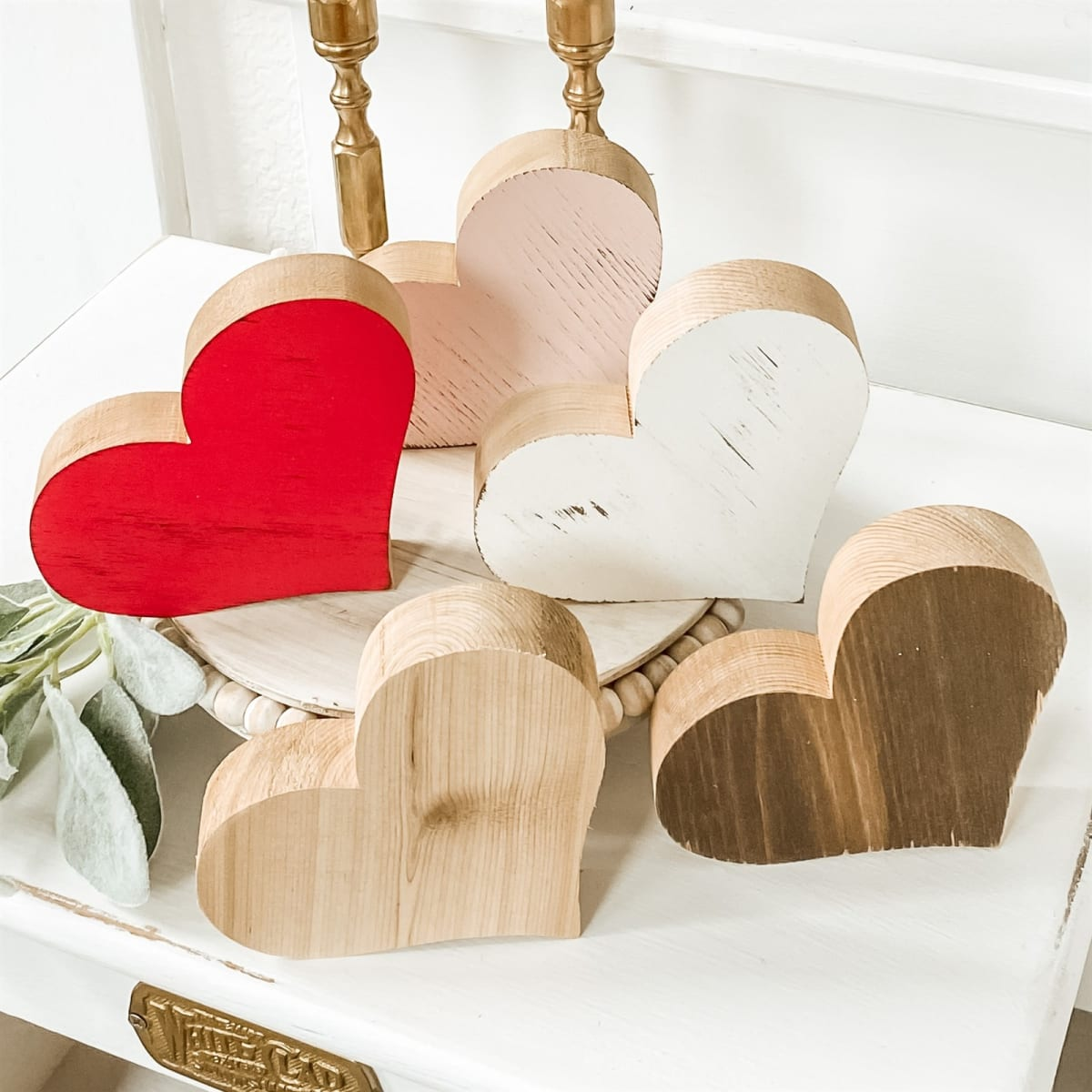 Chippy Farmhouse Hearts