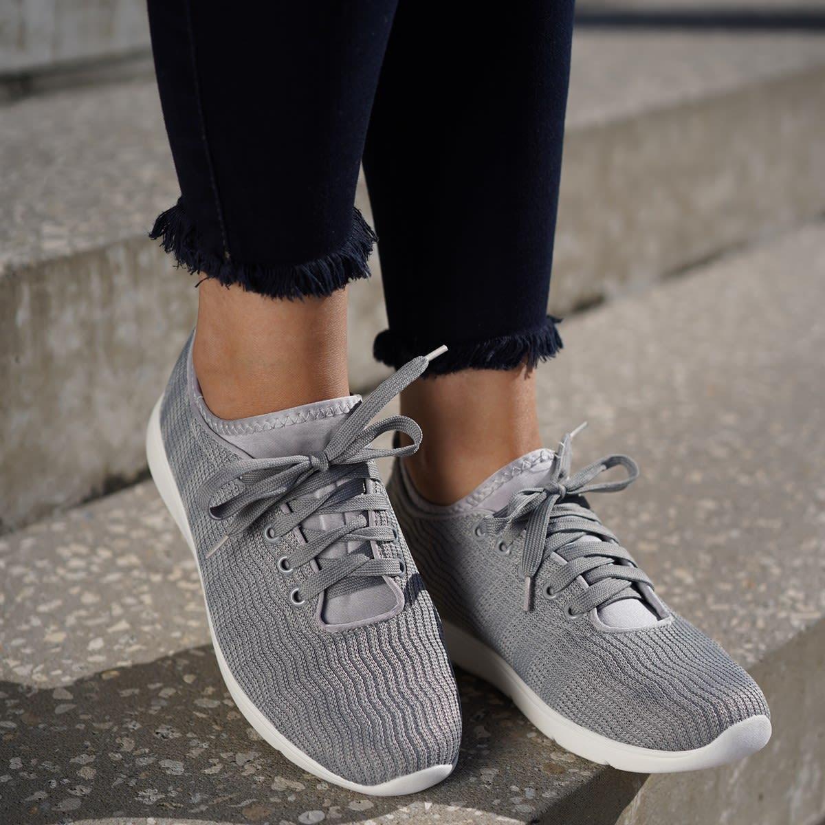 Jackeline Lightweight Sneakers