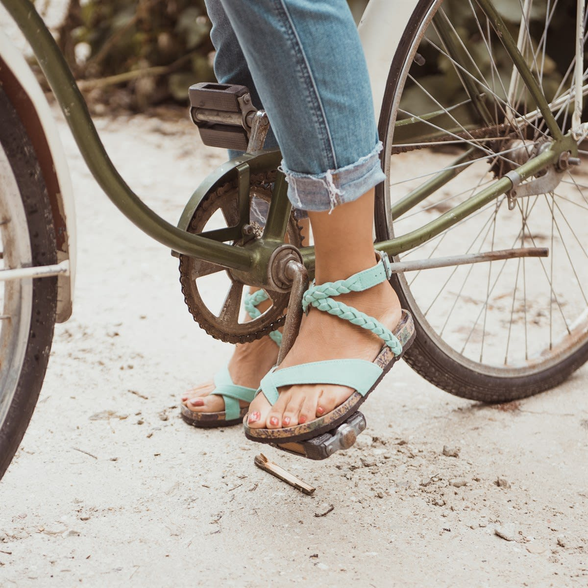 MUK LUKS Women's Estelle Sandals / Free Shipping