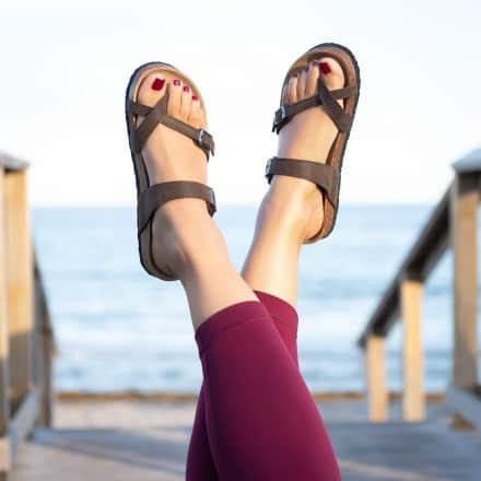 Criss Cross Footbed Sandals