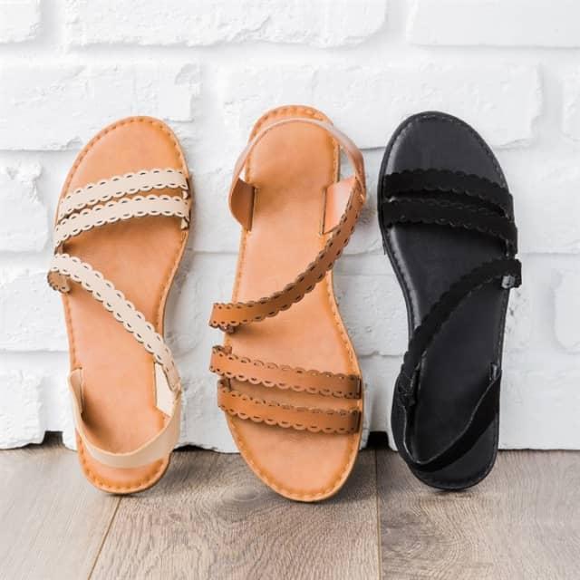 120a1921c1d1 Scalloped Edge Summer Sandals
