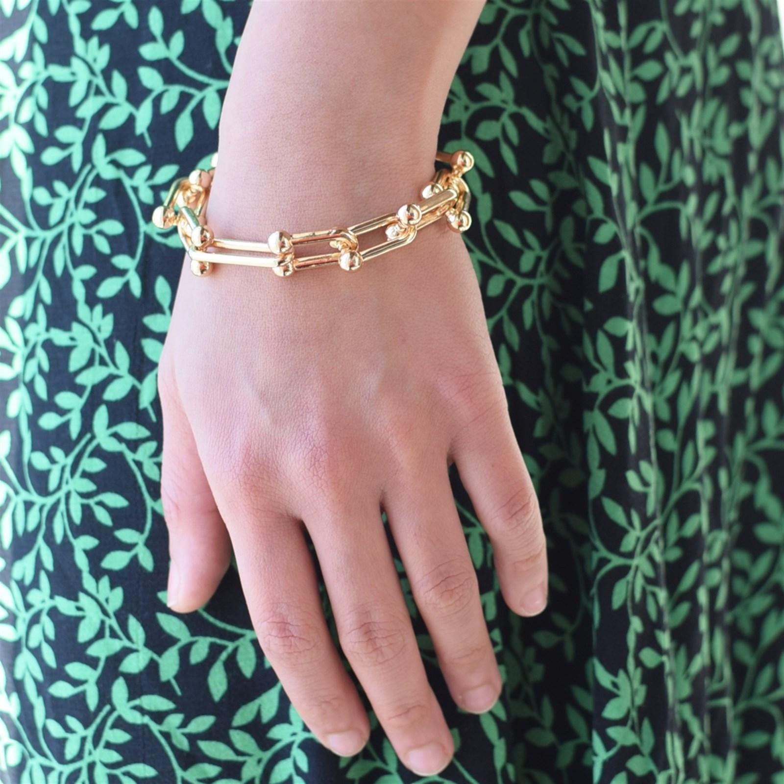 Brooklyn Trendy Chain Toggle Bracelet