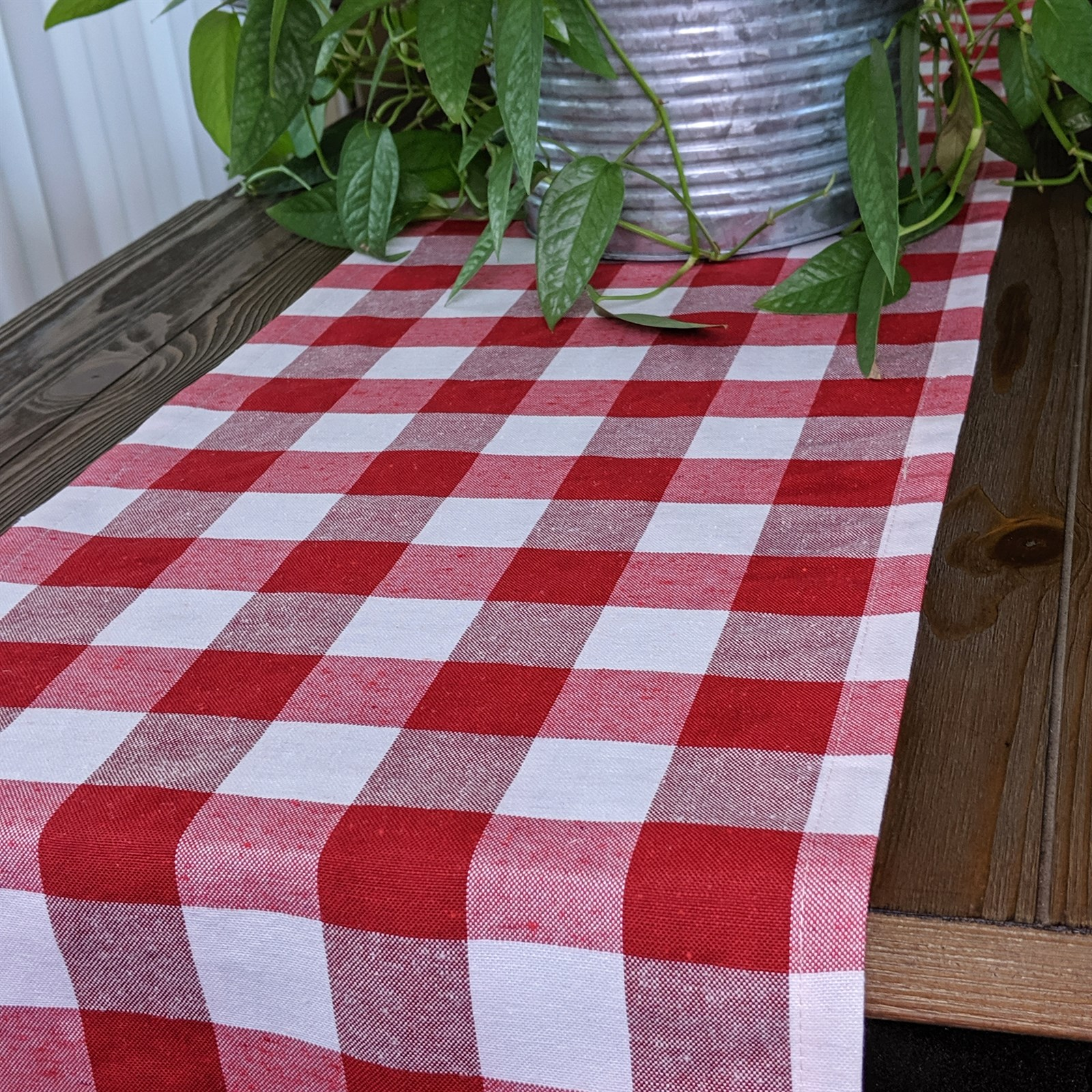 Summer Fun Table Runners / 6 Colors Only $14.99 w/ Free Shipping