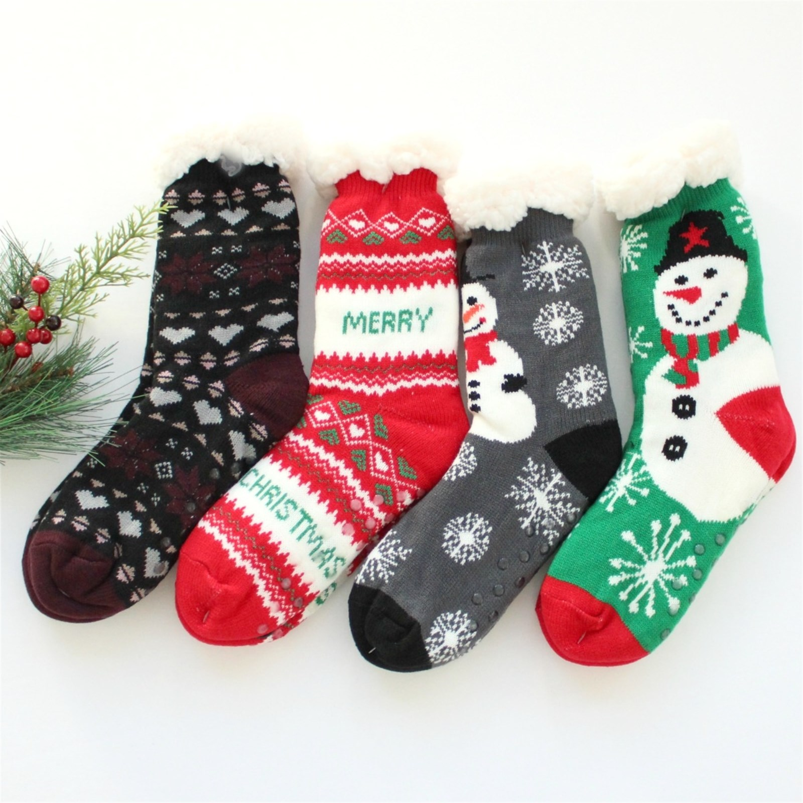 Jane: Holiday Print Sherpa Slipper Socks ONLY 7.99 + FREE Shipping! Reg. $14.99!