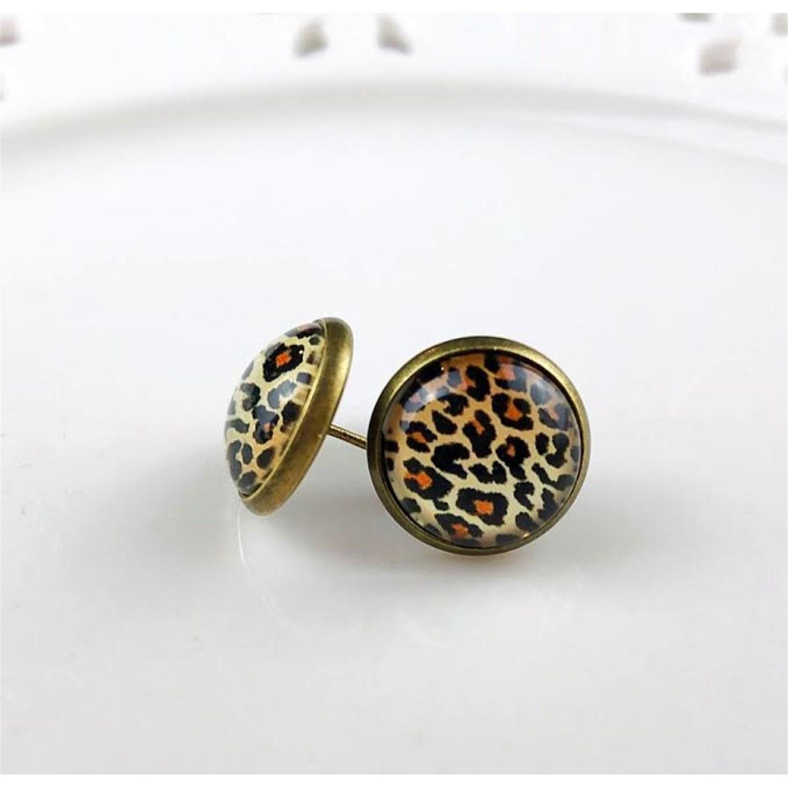 8mm Leopard Stud Earrings with black posts
